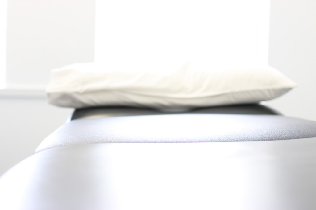 physio bed and pillow